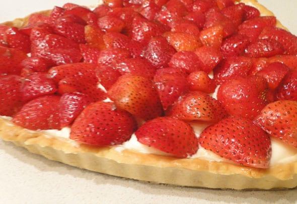 strawberry tart cream cheese filling