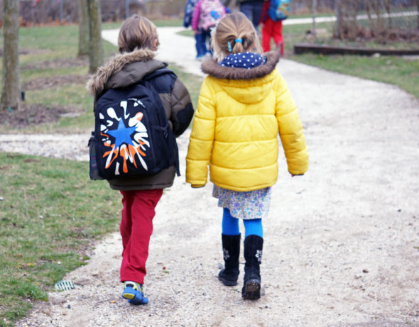 luce theo walking after school