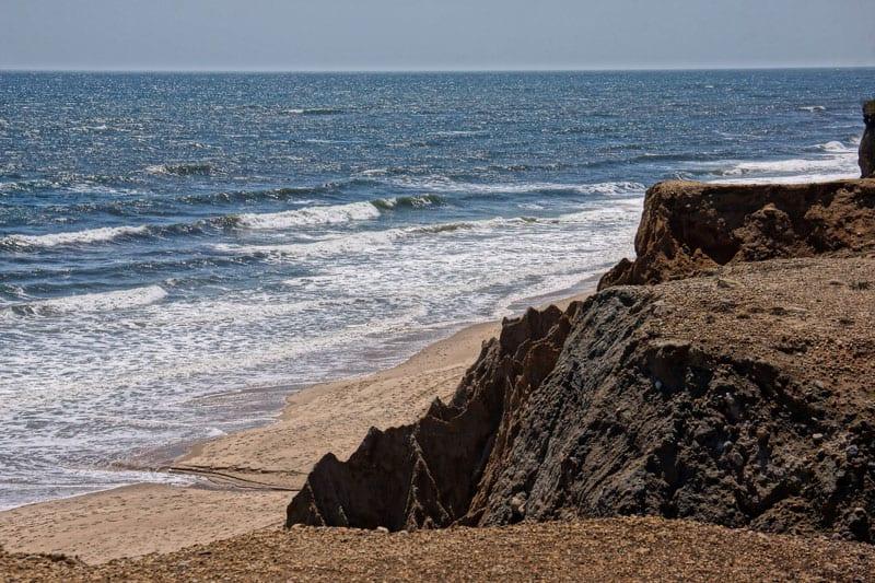 ocean bluffs in Shadmoor Nature Preserve