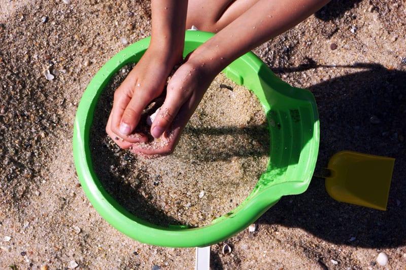 bucket sand beach