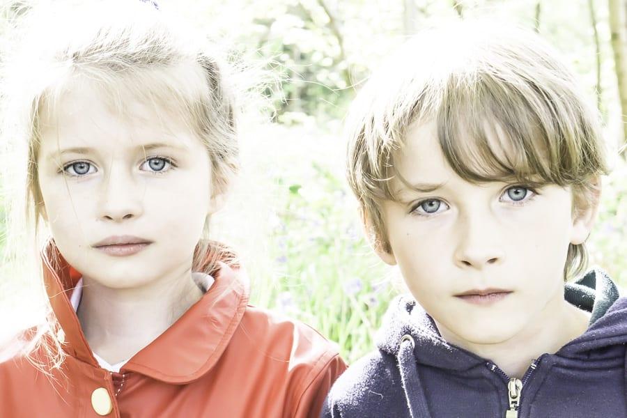 Siblings – Twins 5 / 15