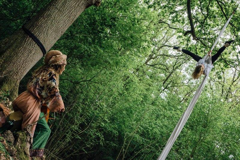 Wakehurst upside down acrobatic and musician