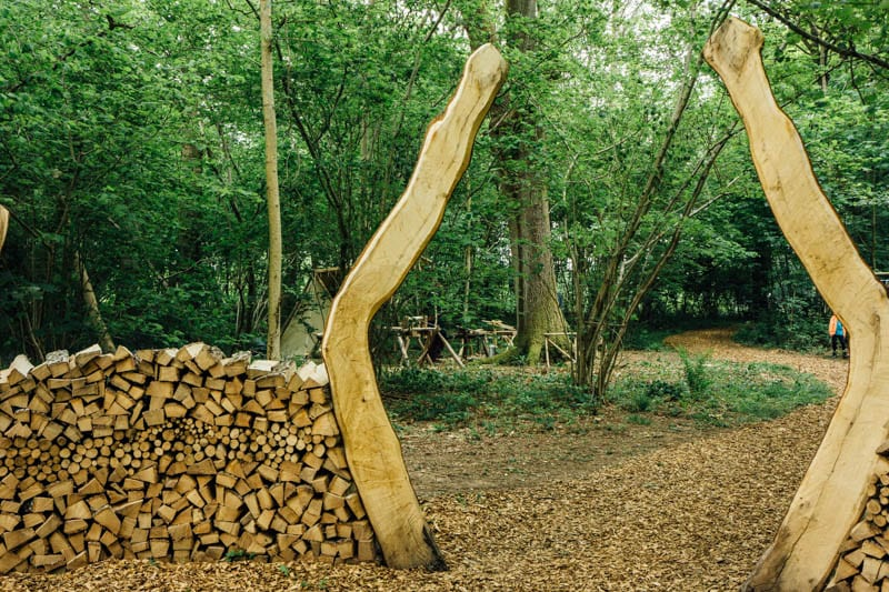 Wood archway at Wakehurst