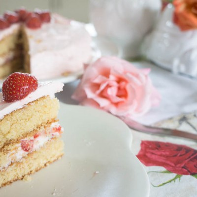 Rose and Strawberry Cake