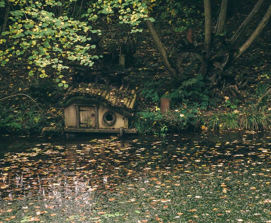 Groombridge Place Mossy Bottom