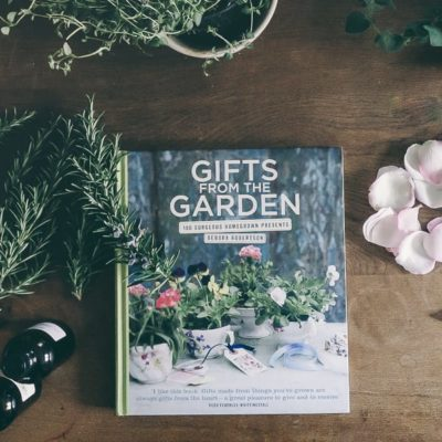 On my bookshelf: Gifts from the Garden