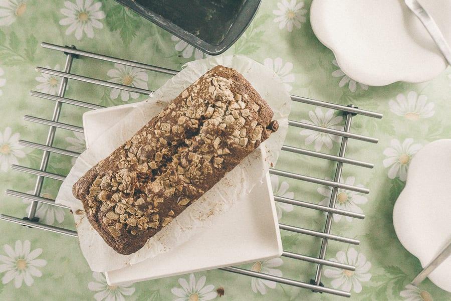 Banana bread white chocolate crust recipe