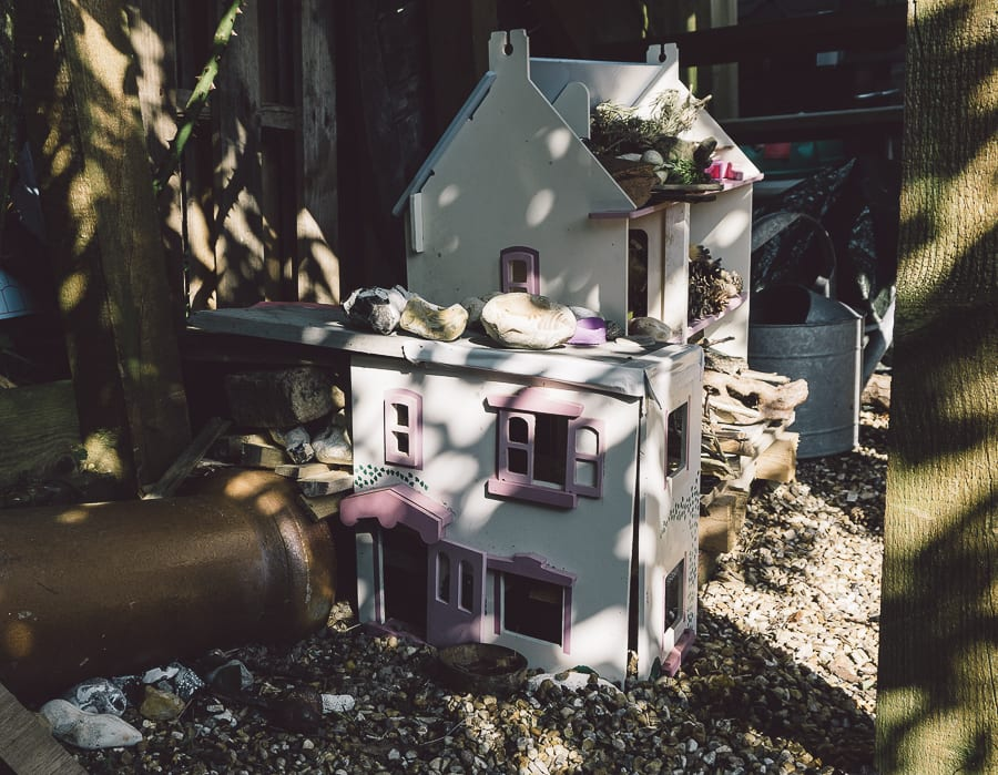 Dollhouse bug hedgehog hotel